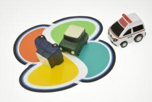高齢者の運転免許証自主返納を促進する画像